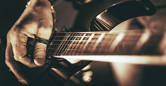 5 String Skipping Exercises For Guitarists You REALLY Need To Know