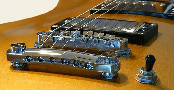 How To Rapidly Progress From Playing One String To Three Strings On The Guitar