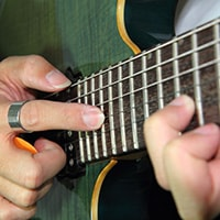Lesson: Guitar Two-Hand Tapping Tips