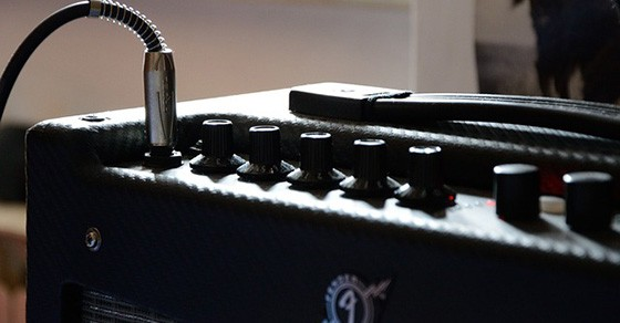 8 Best Acoustic Guitar Amps Under $200 In 2021