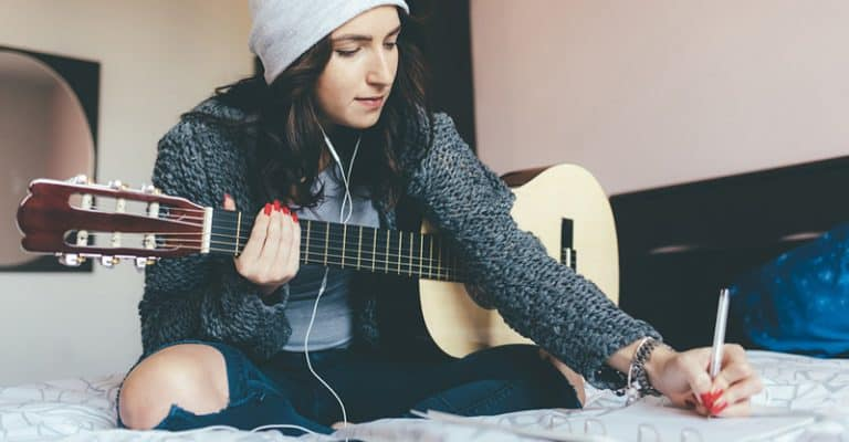 How To Write A Song For Beginners – A Step By Step Guide To Becoming A Songwriter