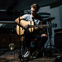Promote your live acoustic session with Youtube