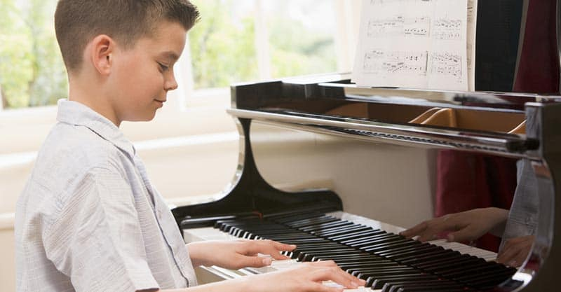 How To Teach Yourself Piano From Home