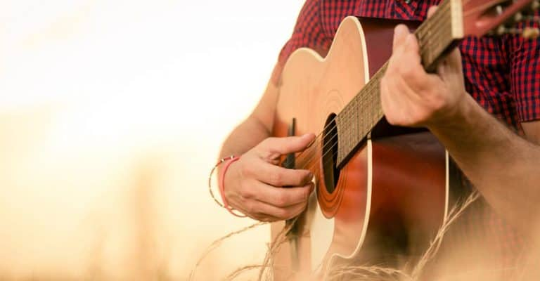 How To Write A Country Song That's Authentic (In 6 Steps)