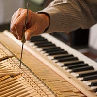 Humidifying Your Piano