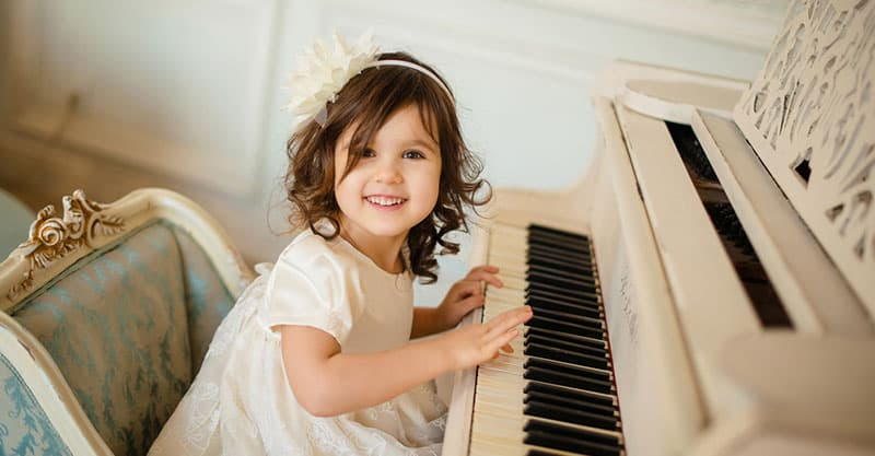 What Age Should You Start Piano Lessons