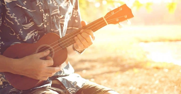 59 Easy Ukulele Songs Beginners Can Pick Up Fast