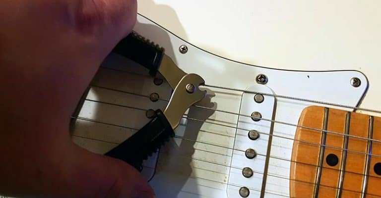 How To Restring An Electric Guitar Properly