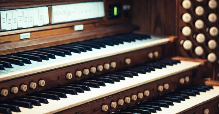 Organ Vs Piano; The Difference, Which Is Harder & More
