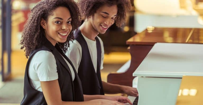 15 Easy Piano Duet Songs You Can Play Together Quickly