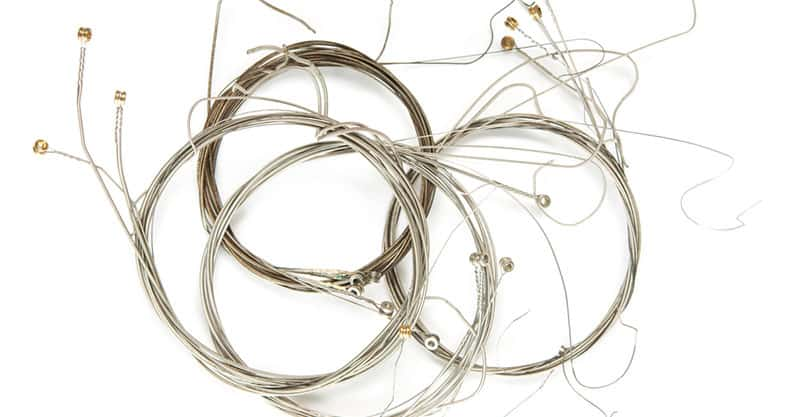 Can You Mix Guitar Strings From Different Brands?