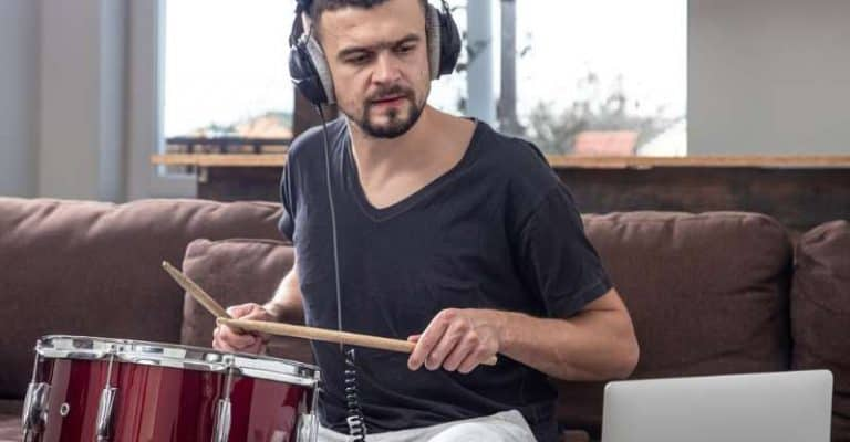 How to Teach Yourself Drums – The Different Options